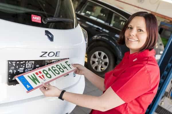 Grünes Kennzeichen für Elektroautos