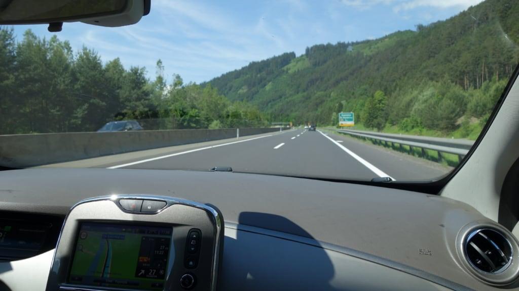 Abfahrt mit dem Renault ZOE von Kärnten nach Wien